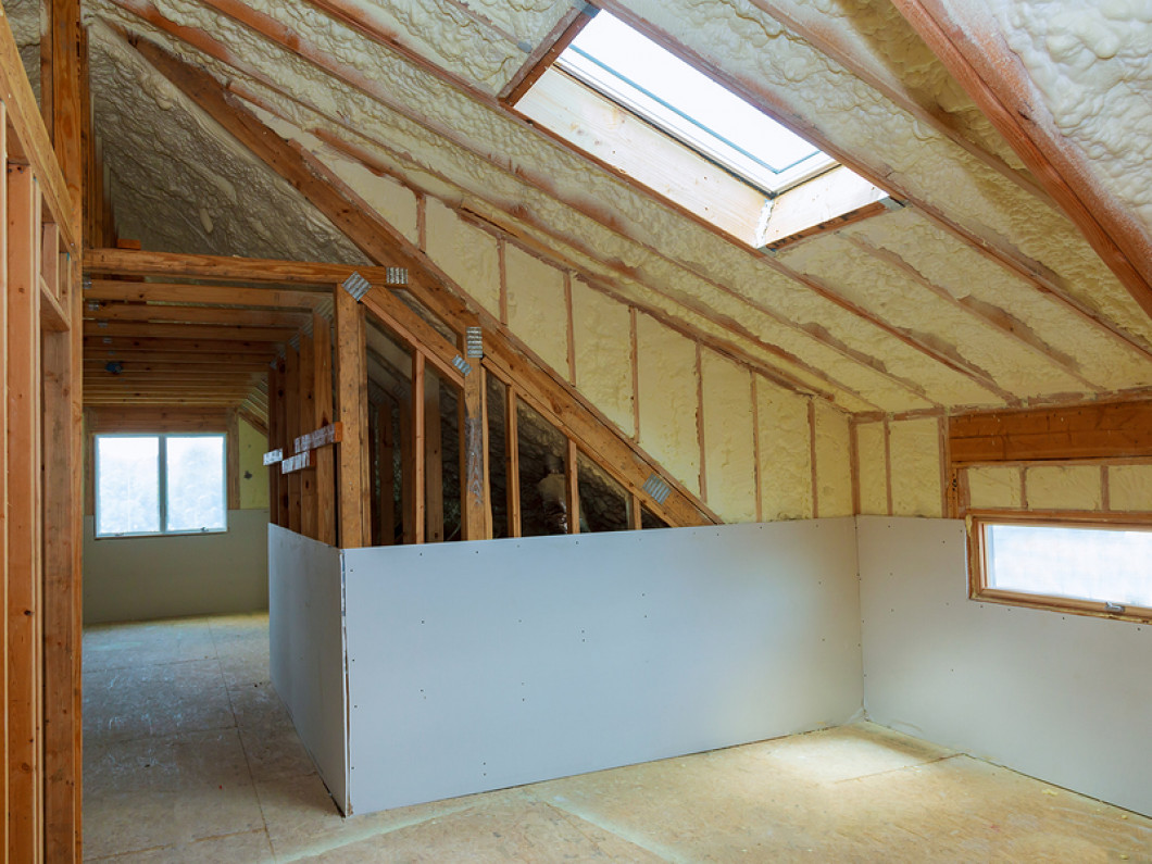 4 reasons to insulate your attic